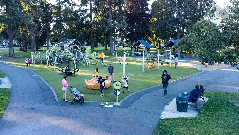 evergreen-rotary-park-playground
